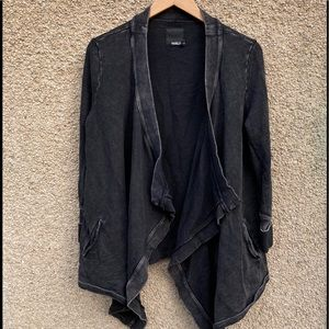 Harlow Waterfall Cardigan Distressed Black Open S
